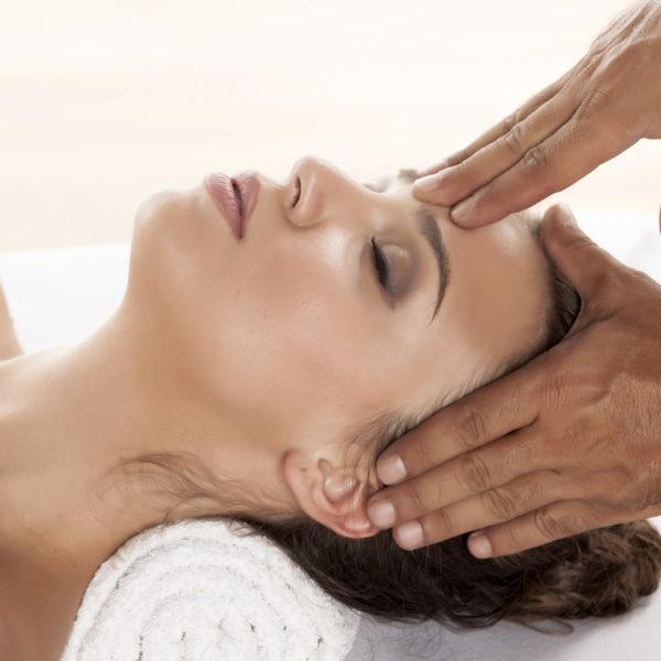 Hindu de cabeza, Natasa Vasovic, massaggi olistici, consapevolezza, massaggio, testa, relax, benessere, san severino marche, centro benessere, SPA, trattamenti
