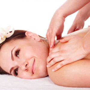 Massaggio olii essenziali a 4 mani